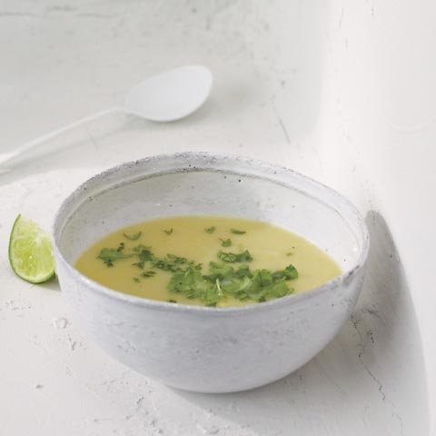 summer-squash-soup-mbd108831_vert